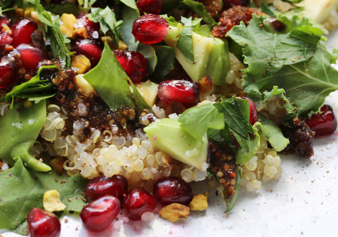 Quinoa, Kale, Pomegranate, Pistachios & Raisins