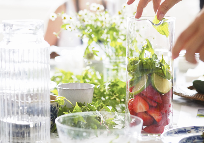 Infused water : your ally for losing weight and detox