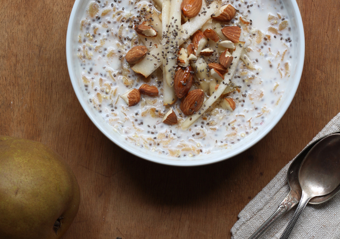Grain Porridge with Pears & Almonds